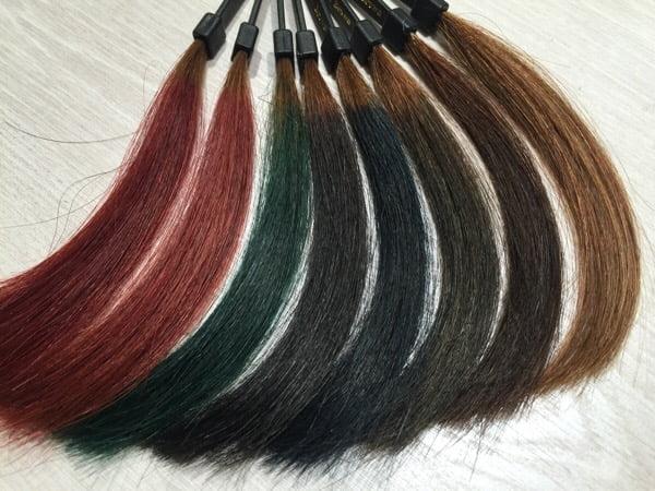 実際に染めたカラー毛束