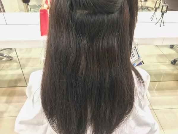 後頭部の癖毛